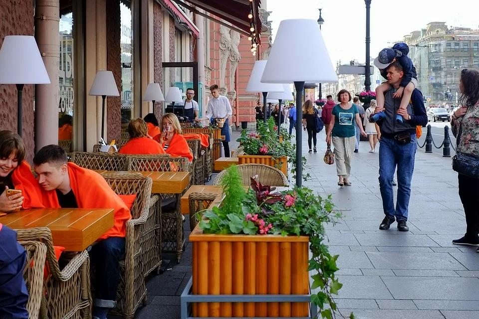 Жители города и рестораторы ждали появление летних террас с 16 апреля