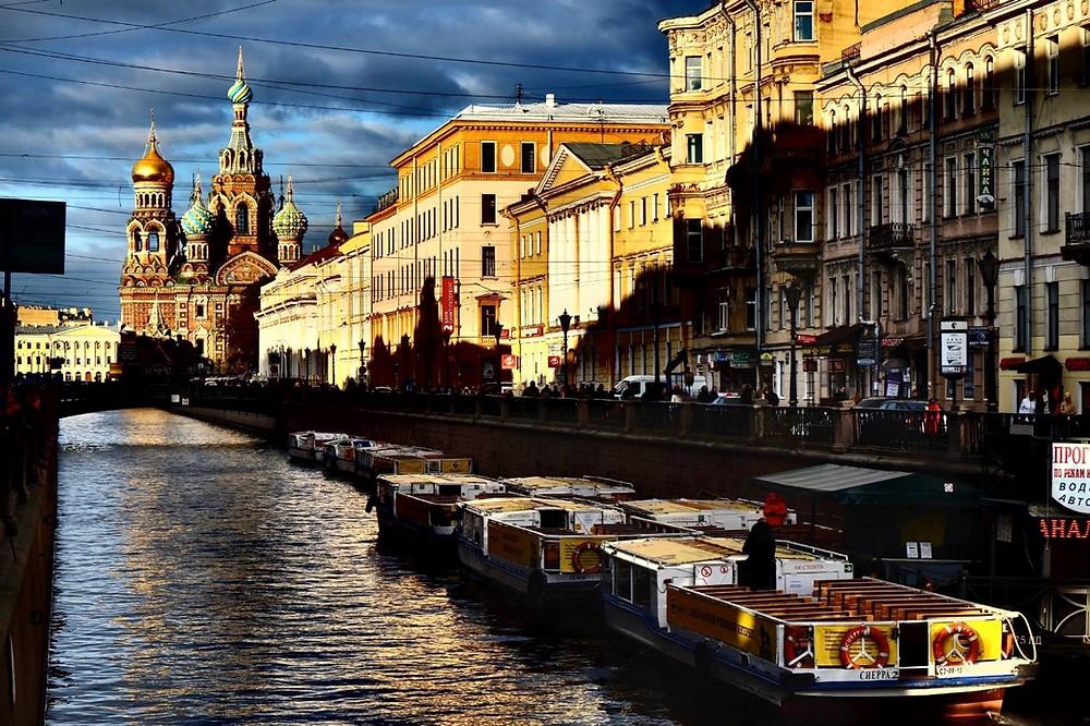 Белые ночи в Петербурге остаются главным брендом ФОТО: МИХАИЛ БОРИСОВ