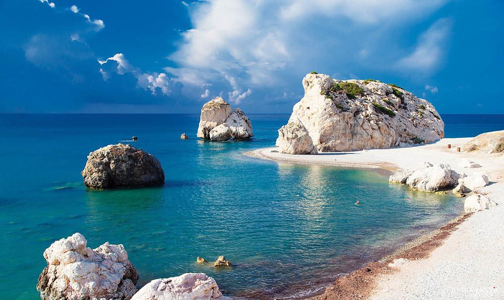 Бухта Афродиты на Кипре - открыты