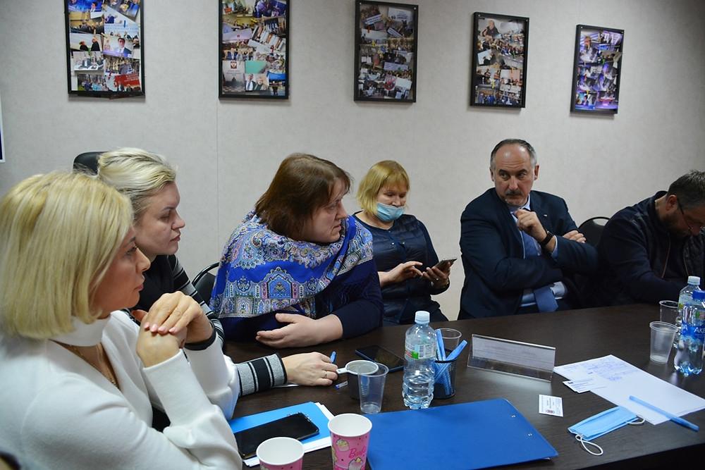 У Петербурга и города Иваново сходные проблемы