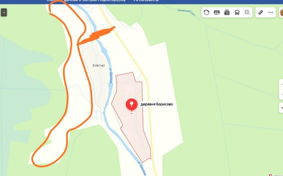 Обведенный участок - привлекательный для инвестора, в обозначенном на реке Оредеж месте - может быть построен мост