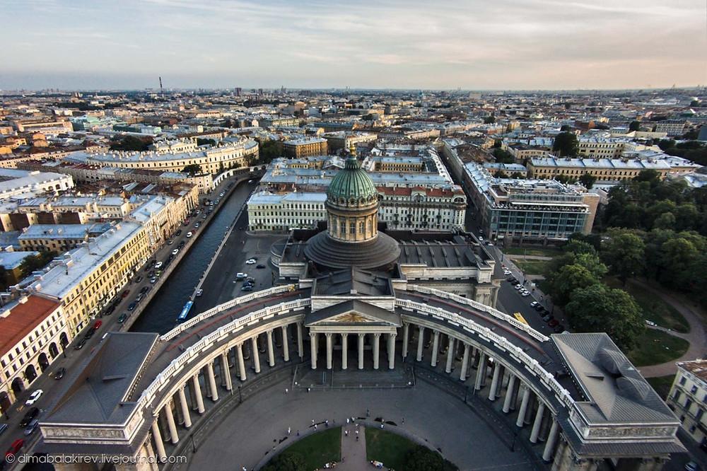 Петербург вошел в федеральную программу поддержки туризма с 15 августа