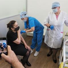 Как проходит вакцинация в отелях и ресторанах Петербурга
