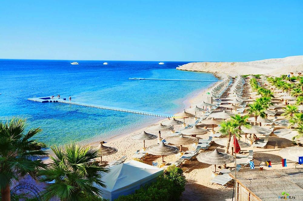 Египет привлекает туристов круглогодичными пляжами и пирамидами