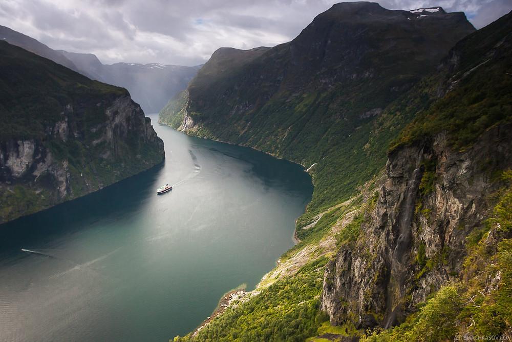 Норвегия - возможно, та страна, туристическую инфраструктуру которой можно было бы взять за образец