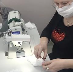 Швейники: в цеха мы позвали всех, кто может шить