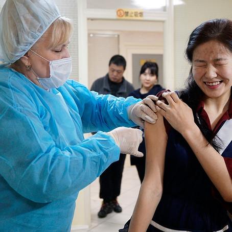 Вакцинация в Петербурге добралась до мигрантов