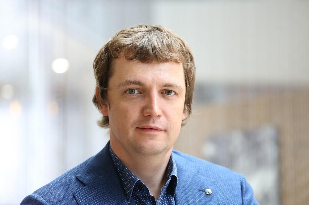 Михаил Попов, основатель и CEO TalkBank