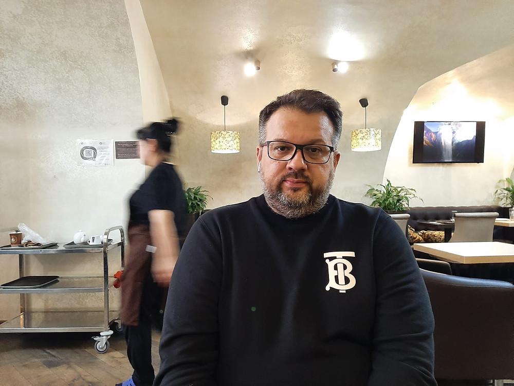 """Денис Федоров, серийный предприниматель и владелец сети """"Мармеладная бочка"""""""