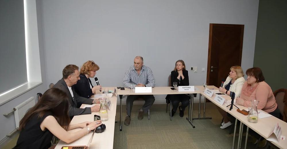 """Круглый стол """"Перспективы развития медицинского туризма в Петербурге"""