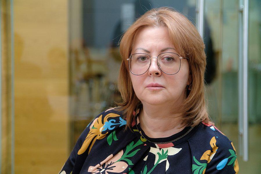 Елена Рейзентул, Hilton