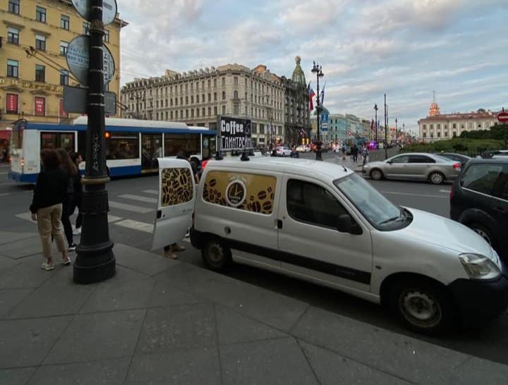 25 июля автомобиль появился на своем обычном месте. Фото: Михаил Меркулов