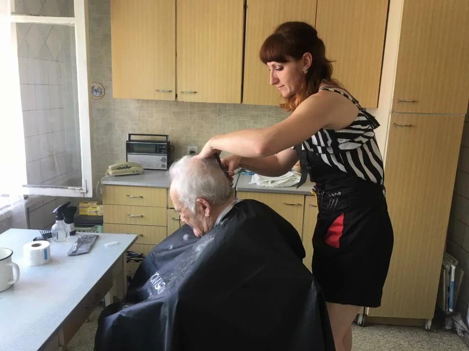 Самозанятые парикмахеры часто работают на дому