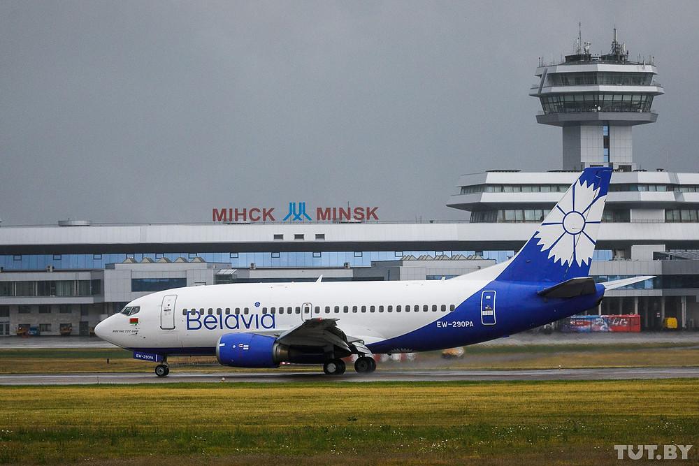 Минский аэропорт и авиакомпанию Belavia россияне  использовали для того, чтобы добраться на Украину, в Грузию, Египет, Турцию и по нескольким европейским направлениям