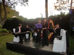 Orquesta de cámara con cantantes