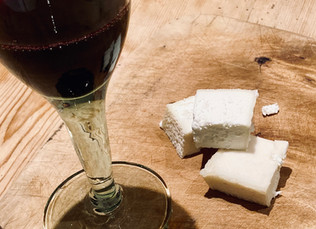What should you drink with our cheese?