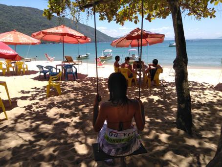 RELAXING   Paradise beach on Ilha Grande