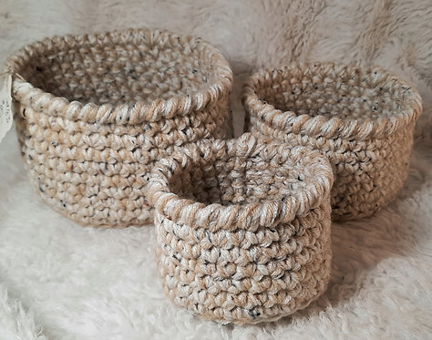 Set of 3 Nesting Storage Baskets, 3 Colors of Cream with Flecks