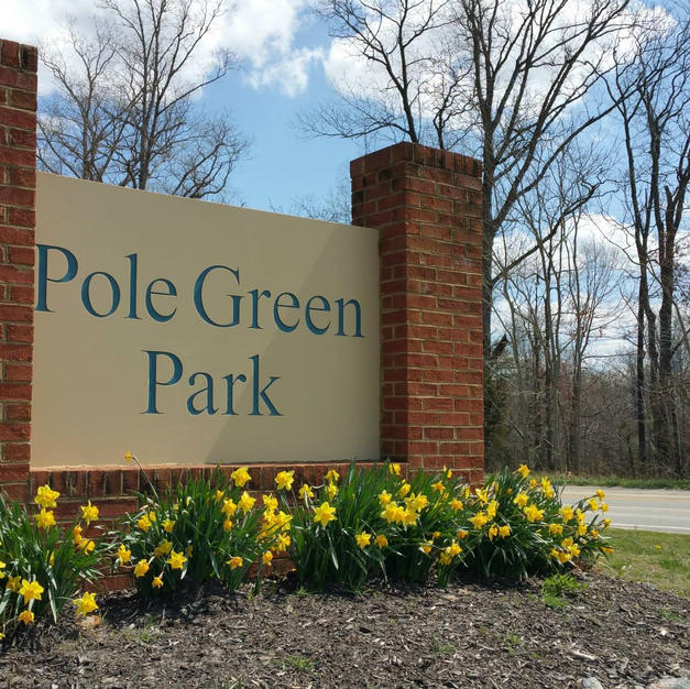 Pole Green Park Sign