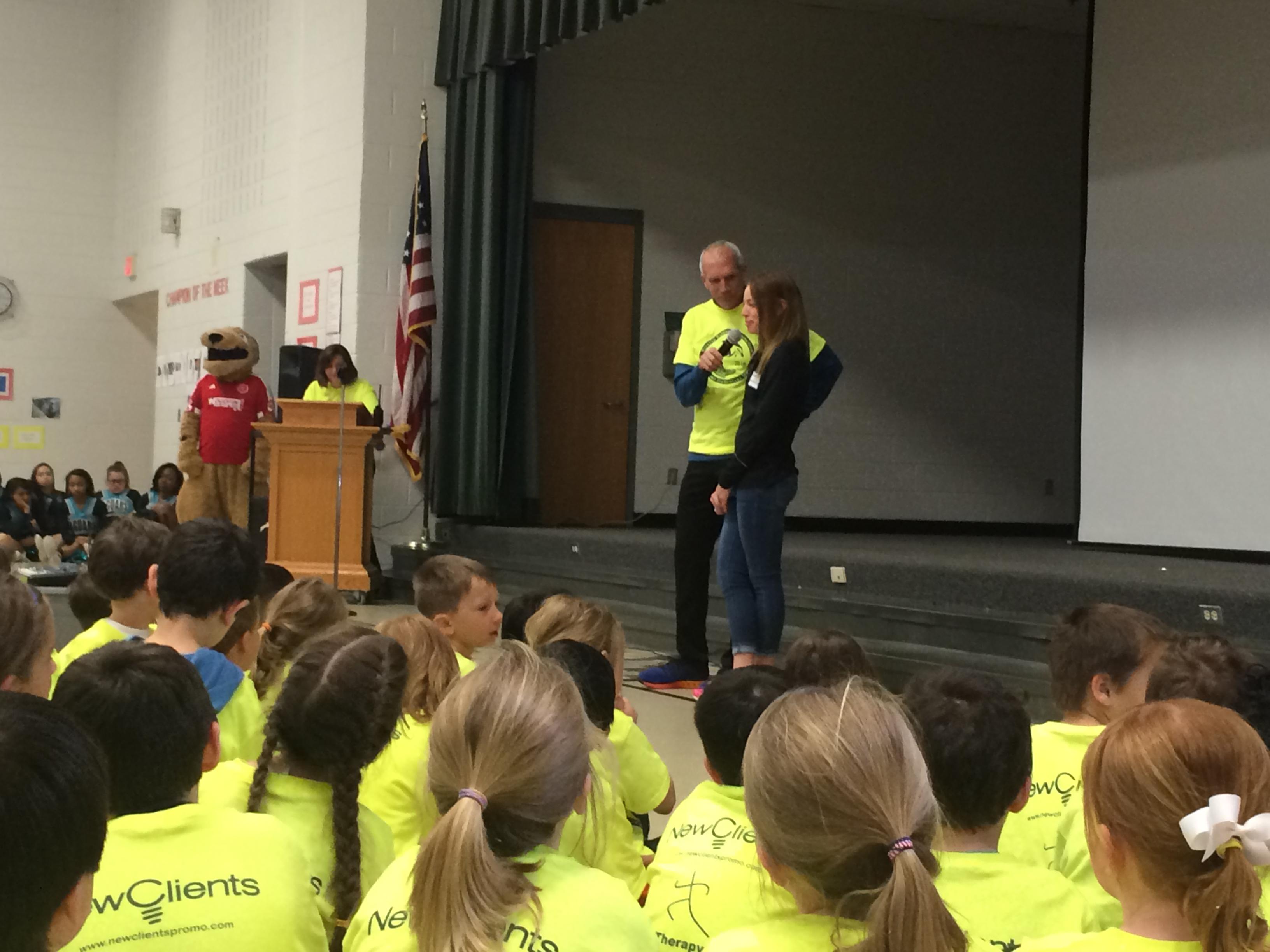 z-Echo Lake Elementary running club Visit1-Bethany Sachtleben-Bart Yasso3