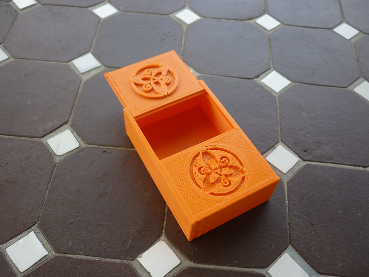 Boîte à mégôts n°7 - Triskèle