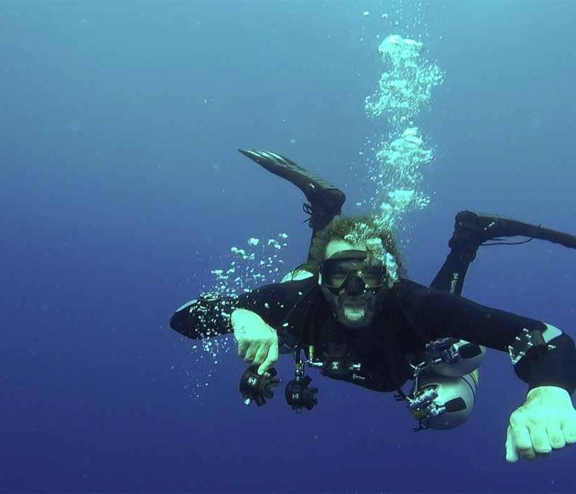 Garry-Diving.jpg