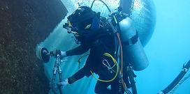 1012_02_diving_car.jpg