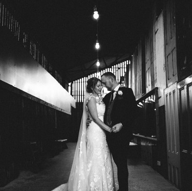 Owen-House-Wedding-Barn-Photography (43