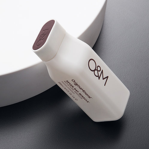 O&M Seven Day Miracle Moisture Masque 250ml