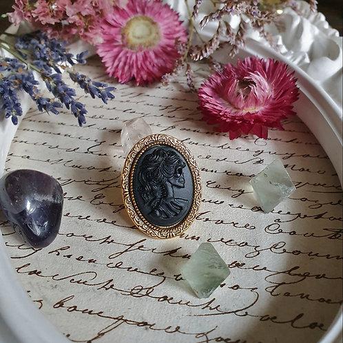 Black lady skull cameo ring gothic halloween
