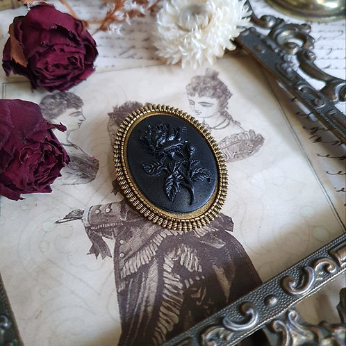 Gothic victorian mourning gold black rose brooch