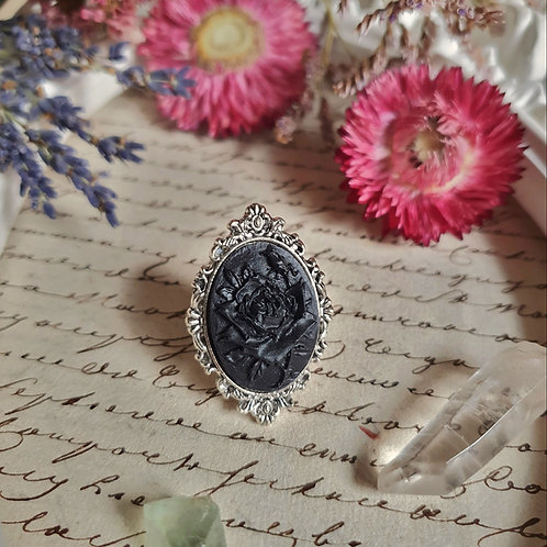 Gothic victorian mourning roses ring silvertone