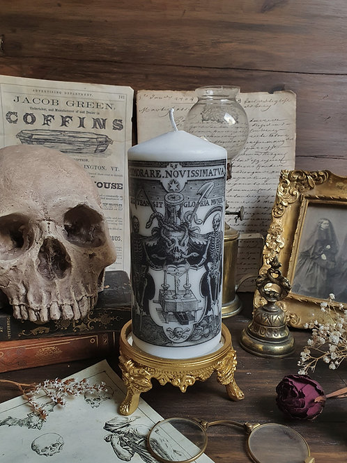 Memento mori gothic decorative pilar candle