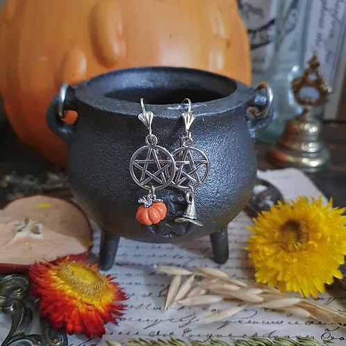 Boucles d'oreilles citrouilles et chapeau de sorcière pentacle