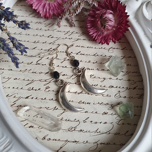 Silvertone witchy moon crescent earrings