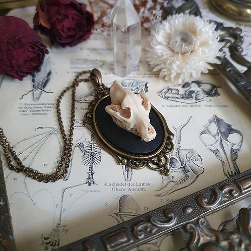 Collier pendentif crâne de loup bronze gothique