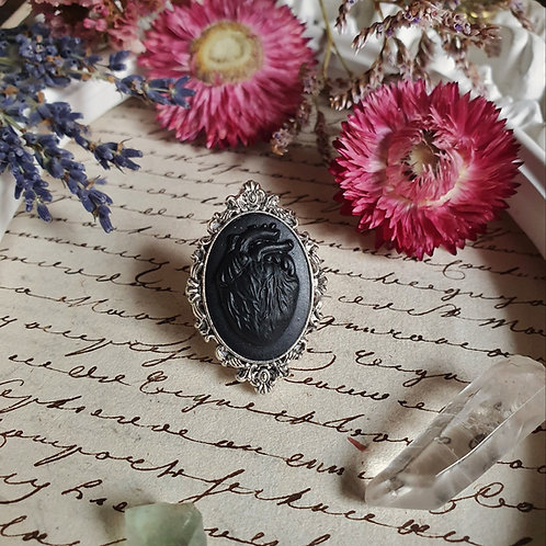 Black anatomical heart cameo gothic ring