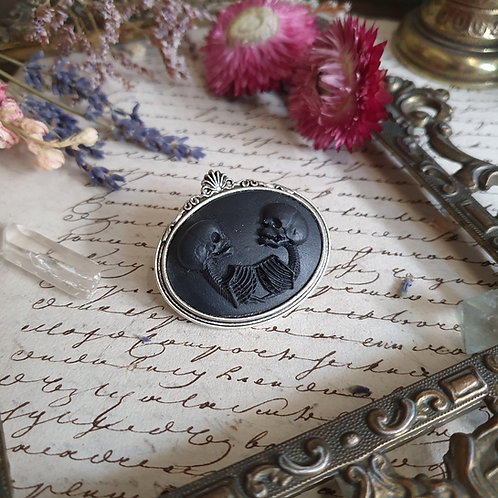 Black conjoined cameo gothic brooch silver