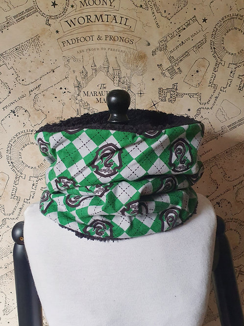 Harry potter winter furry snood scarf Slytherin house pride