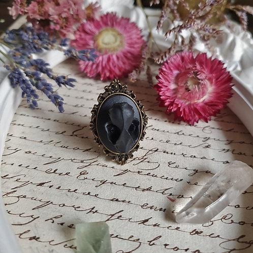Victorian gothic vampire bat skull ring black and bronze