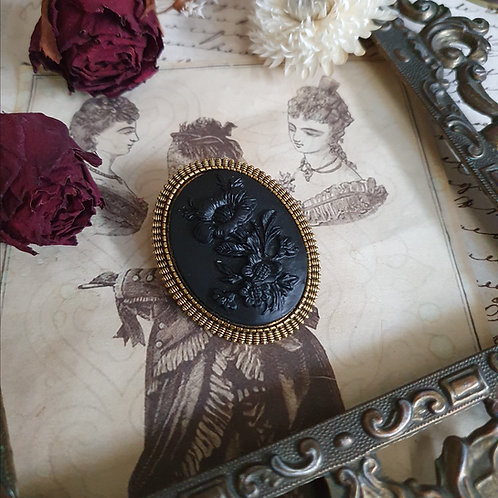 Black gold gothic victorian mourning cameo brooch