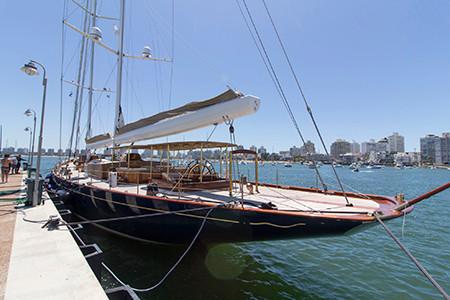 El puerto de Punta del Este, el lugar de las embarcaciones más lujosas.