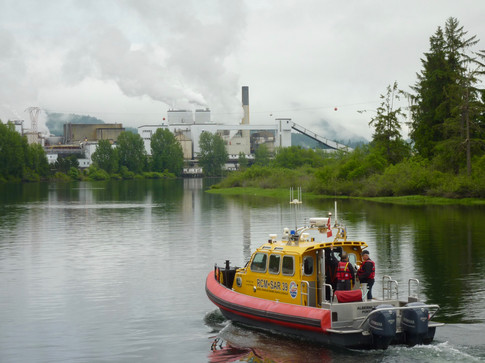 Heading to Port Alberni mill on the Somass River