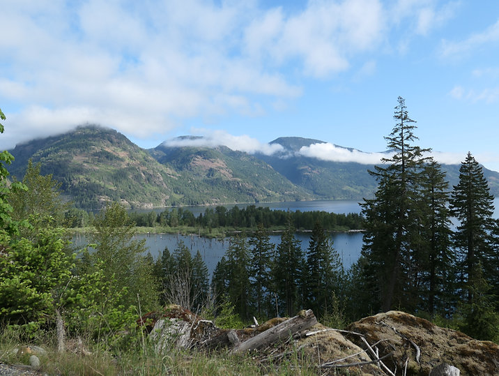 SW Comox Lake | Bikepacking Port Alberni to Courtenay | cycle touring Vancouver Island