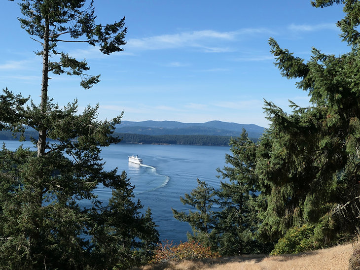 View from the Bluffs on Galiano Island | cycle touring south Gulf Islands