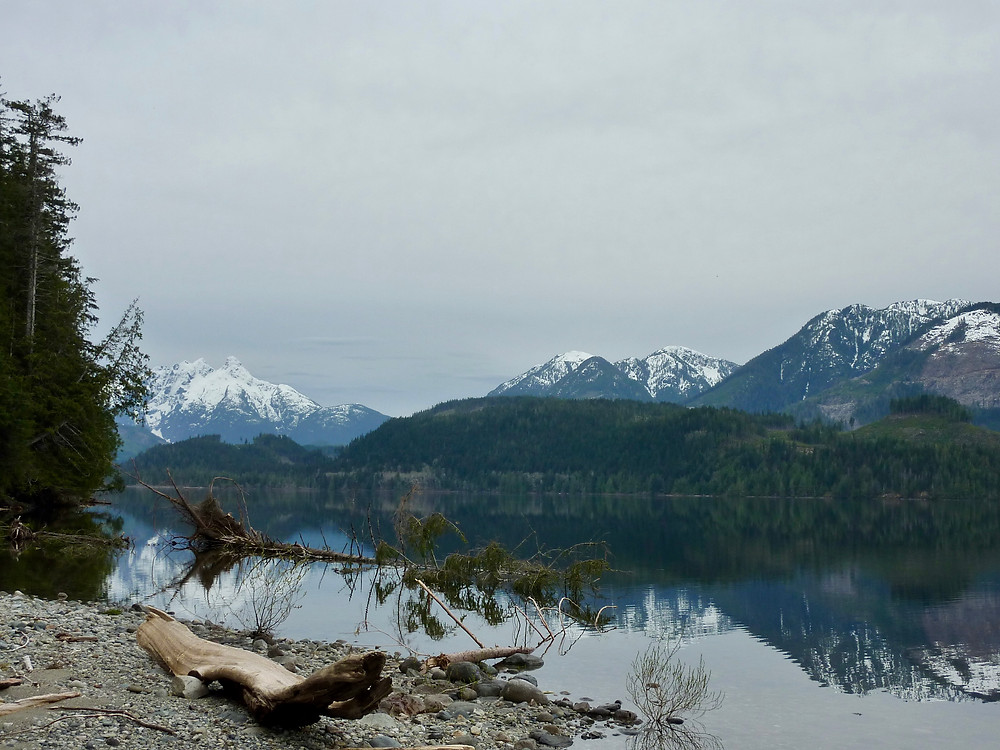 South Nimpkish Lake, along the way to Port McNeill