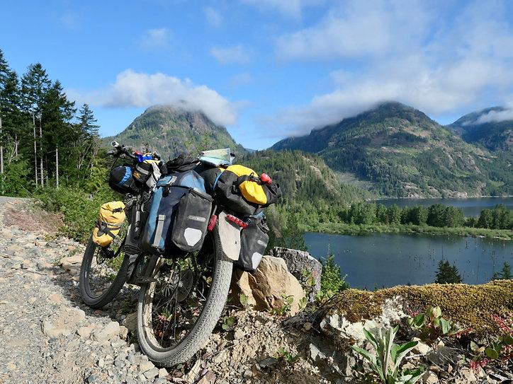 Bikepacking Comox Lake | bikepacking Port Alberni to Courtenay | backroads Port Alberni to Courtenay