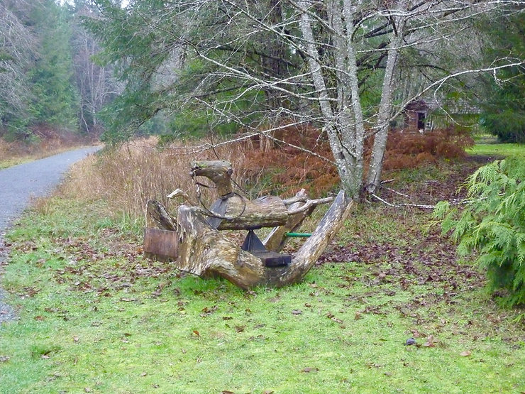 Local art along Cowichan Valley Trail | south of Duncan | cyle touring