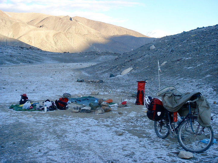 Cold camping along Pamir Highway | cycle touring & staying warm | cycle touring Tajikistan