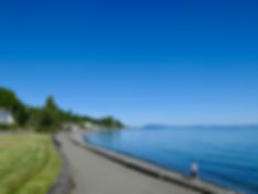 Seaside at Qualicum Beach, cycle touring the Old Island Highway